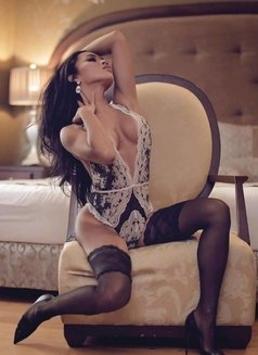 So Chic, So Hot, So Sexy - TS AMBER - Transsexual escort in Manila Photo 19 of 30