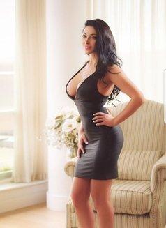 Sofia New Sexy Curvy - escort in Dubai Photo 8 of 10
