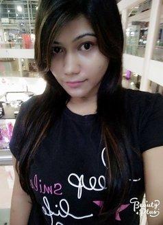 Somya Khanna - escort agency in New Delhi Photo 1 of 3