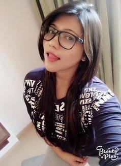 Somya Khanna - escort agency in New Delhi Photo 3 of 3