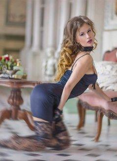 Sonia - escort in Saint Petersburg Photo 5 of 29