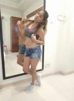 Soniya - escort in Bangalore Photo 3 of 4