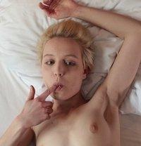 XXX Sex Images Milfs with big nipples