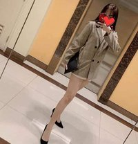 Sophia - escort in Makati City Photo 1 of 7