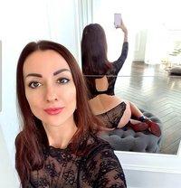 Sophie long legs - escort in Rome