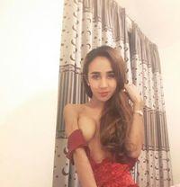 Sophiia - Transsexual escort in Dubai