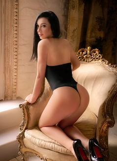 Soraya - escort in London Photo 5 of 5