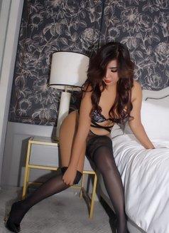 Soraya, wet and wild Asian girl - escort in Singapore Photo 6 of 14