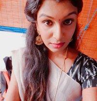 Srisha - Transsexual escort in Chennai