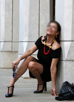 Stefania Sol - escort in London Photo 2 of 4