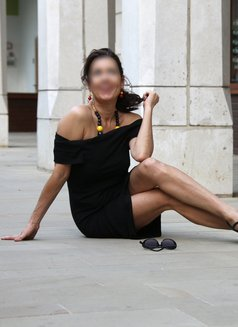 Stefania Sol - escort in London Photo 3 of 4
