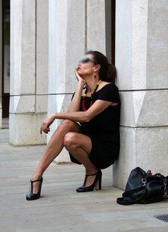 Stefania Sol - escort in London Photo 4 of 4