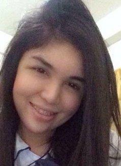 Steffanya Madrigal - escort in Makati City Photo 1 of 5