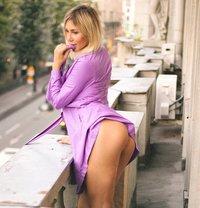Stella - escort in Milan