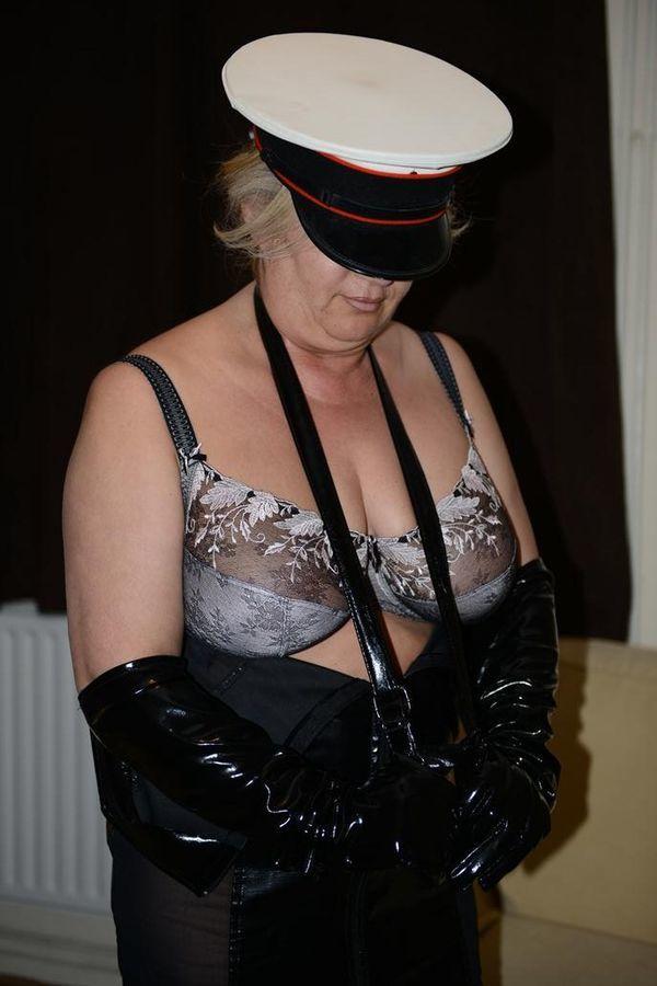 tantra massasje british escort videos
