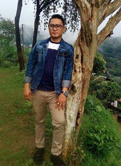 Suraj Rock - escort in Kathmandu Photo 2 of 4