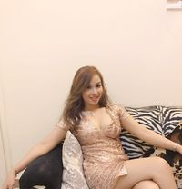 Suri sexy - escort in Dubai Photo 1 of 15