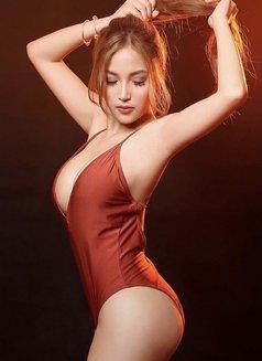 Luscious Babe - escort in Hong Kong Photo 1 of 6