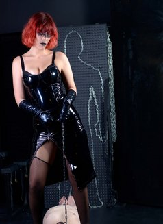 Switch Julietta - dominatrix in Athens Photo 10 of 27