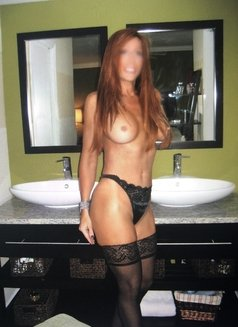Sydney - escort in Scottsdale, Arizona Photo 1 of 5