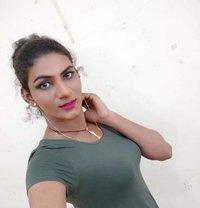 Tabu - Transsexual escort in Mumbai