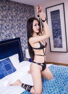 Dana Hot Girl - escort in Shanghai Photo 2 of 7