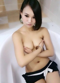 Tall and Sexy Lady - escort in Shanghai Photo 3 of 9