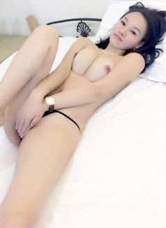Tall and Sexy Lady - escort in Shanghai Photo 4 of 9