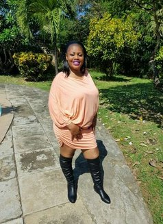 Tamara - escort in Nairobi Photo 2 of 2