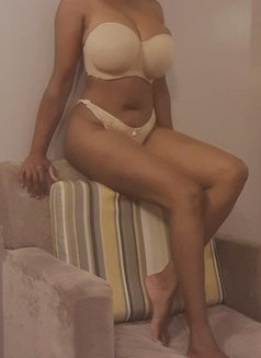 Video call only - escort in Bangalore Photo 5 of 5