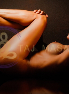 Tammy TAJ Masajes tantra erotic - masseuse in Madrid Photo 1 of 9