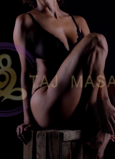 Tammy TAJ Masajes tantra erotic - masseuse in Madrid Photo 6 of 9
