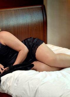Tantra Nuru BBW European !Video Calls! - masseuse in Dubai Photo 1 of 5