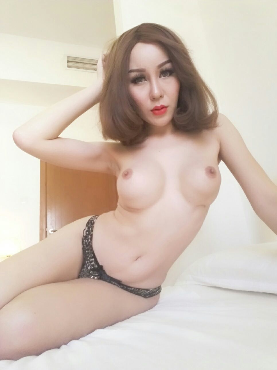 thai shemale massage & escort