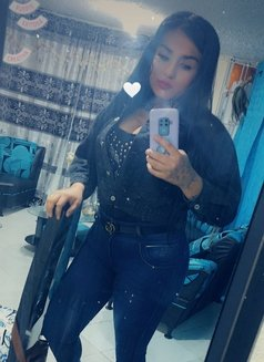 Thalia - escort agency in Bogotá Photo 2 of 3