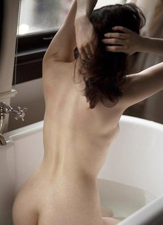 Yasmine full service gfe&pse come back - escort in Dubai Photo 6 of 16