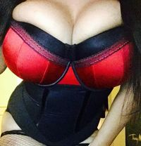 The Golden Beauty ( VIP ) - escort in London