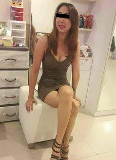 Tia - escort in Pattaya Photo 3 of 5