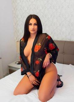 Tina 20 Years Romanian - escort in Dubai Photo 6 of 7