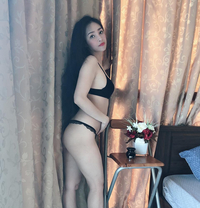 Tini - masseuse in Dubai