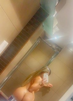Anitta - escort in London Photo 5 of 13