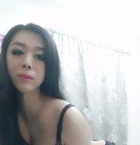 Top Sexy Sumer - Transsexual escort in Dubai