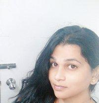 Tranny in Nude Video Service - Transsexual escort in Chennai