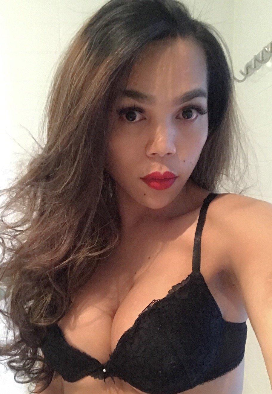 Lichelle Marie Fucked In Shower