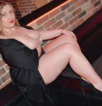 Trixi - escort in Vienna