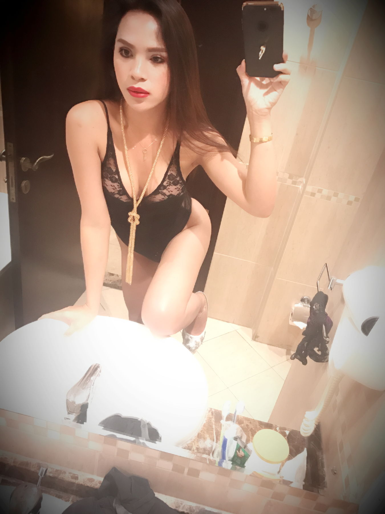 body to body thaimassage shemale escort sweden