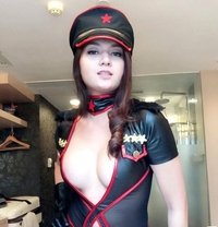Gorgeous and Classy TS Analeigh - Transsexual escort in Tokyo Photo 1 of 11