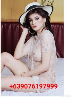 Ts angela Top/bottom bigcock - Transsexual escort in Makati City Photo 27 of 29