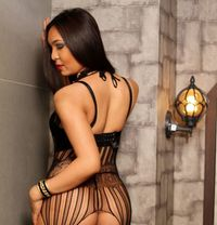 Ts Candy - Transsexual escort in Singapore Photo 4 of 18