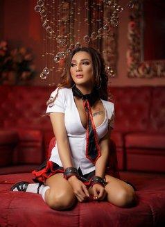 Ts Chatrine - Transsexual escort in Jakarta Photo 7 of 11